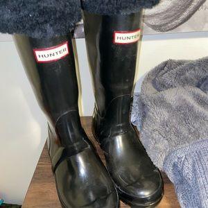 Size 6 hunter rain boots